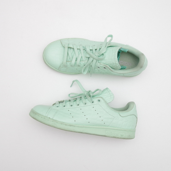 buy online b2573 53d65 Adidas Leather Mint Stan Smith Croc Reptile Shoes